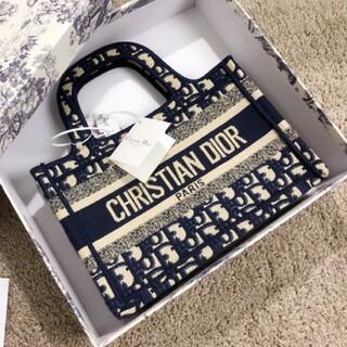 Christian Dior - クリスチャン ディオール ブック トートバッグ ネイビー