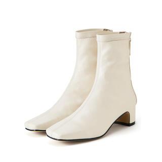 グレイル(GRL)のストレッチスクエアトゥショートブーツ GRL グレイル(ブーツ)
