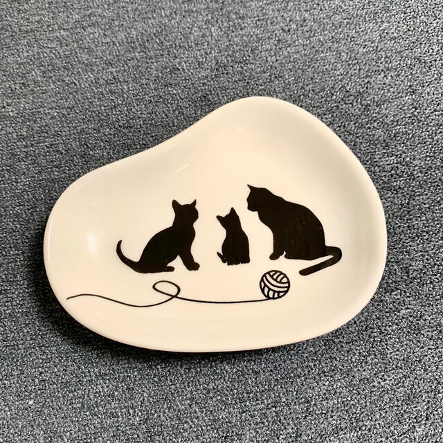 KALDI(カルディ)の【KALDI】ネコの日バッグ ティートレイ インテリア/住まい/日用品のキッチン/食器(食器)の商品写真