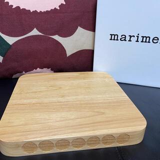 マリメッコ(marimekko)のマリメッコ まな板 chopping board(調理道具/製菓道具)