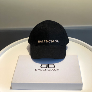 Balenciaga - 新品‼️Balenciaga キャップ❤️ベースボールキャップ❤️