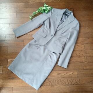 美品 SUCRE  グレイ スカートスーツ
