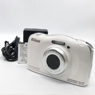 Nikon - Nikon デジタルカメラ S33 防水 1317万画素 ホワイト S33WH