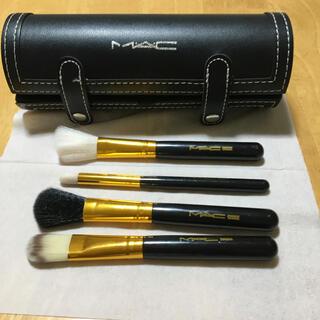 マック(MAC)のMAC  メイクブラシケースとメイクブラシ4本(ブラシ・チップ)