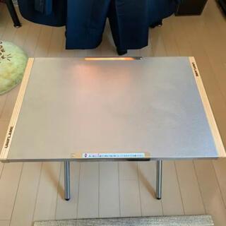 ユニフレーム(UNIFLAME)の【1度使用、ユニフレ収納袋セット】ユニフレーム 焚き火テーブル レギュラー(テーブル/チェア)