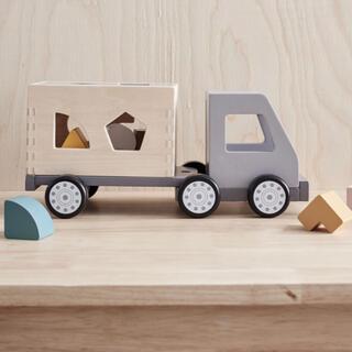BorneLund - 北欧 木製おもちゃ 型はめトラック 新品