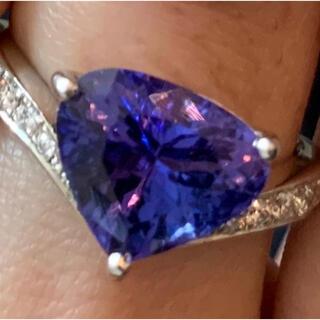 タンザナイトリング 11 号 Pt900 3.2ct ダイヤモンド 使用品