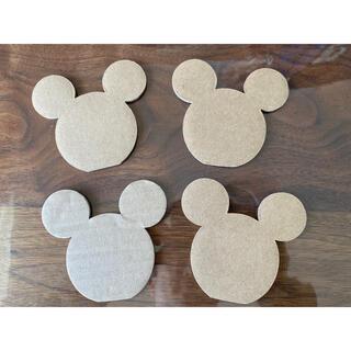 ディズニー(Disney)のミッキーの形をした段ボール(インテリア雑貨)