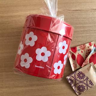 マリメッコ(marimekko)のharikko ハリッコ ★ アネモネのお花缶  赤(小物入れ)