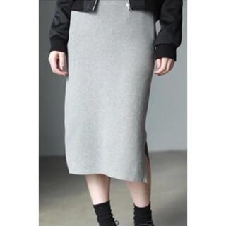 アズールバイマウジー(AZUL by moussy)の美品 AZUL BY MOUSY ニットタイトスカート グレー(ひざ丈スカート)