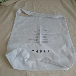 スリー(THREE)の【最終値下げ】THREE 青山 ショッピングバッグ(ショップ袋)