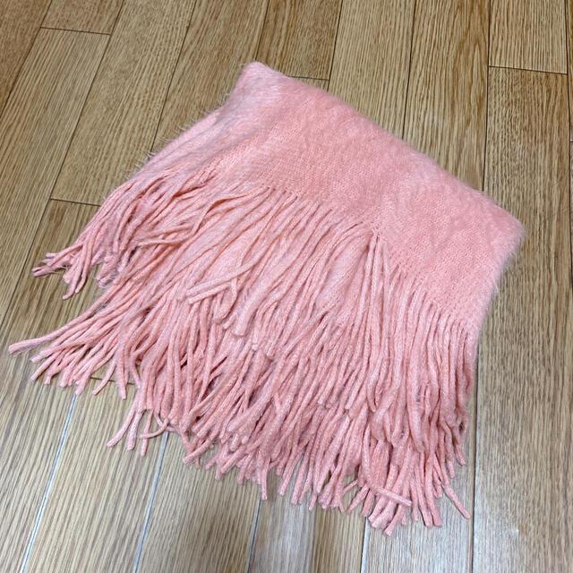 【新品未使用】ふわふわショール マフラー かわいい レディースのファッション小物(マフラー/ショール)の商品写真