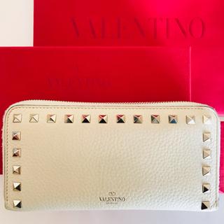 ヴァレンティノガラヴァーニ(valentino garavani)のヴァレンティノ 財布セット(財布)