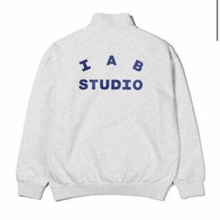 シュプリーム(Supreme)のiab studio(パーカー)