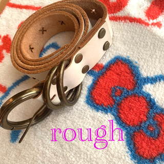ラフ(rough)のrough バックルおしゃれなオフホワイトベルト(ベルト)