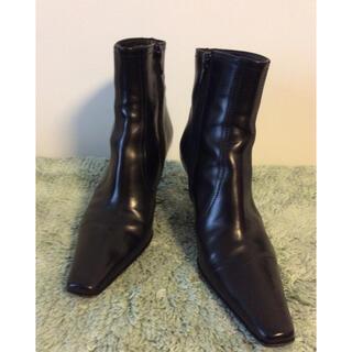 フェラガモ(Ferragamo)のレディースブーツ(ブーツ)