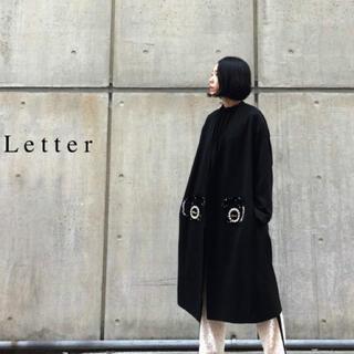 ミュベールワーク(MUVEIL WORK)のMUVEIL  黒電話刺繍コート(ロングコート)