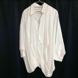 エンフォルド(ENFOLD)のenfold 変形白シャツ 美品(シャツ/ブラウス(長袖/七分))