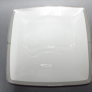 ノリタケ(Noritake)のノリタケ プレート新品同様  白×シルバー(食器)