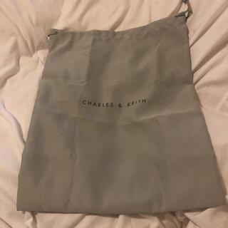 チャールズアンドキース(Charles and Keith)のCHARLES&KEITH ラッピング(巾着)袋(ショップ袋)