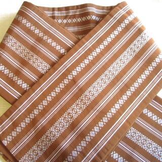 半幅帯♪小袋帯♪茶に白の献上柄♪博多系正絹♪used(浴衣帯)