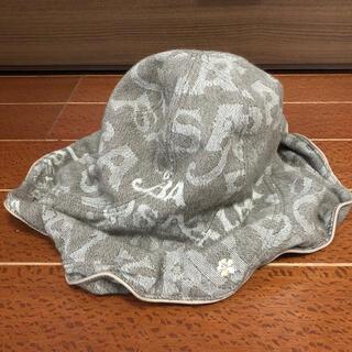 アルバローザ(ALBA ROSA)のALBA ROSA ワイヤー入りフリル帽子 ロゴ(その他)