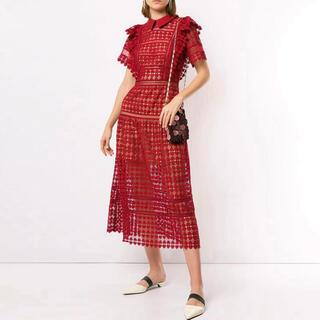 セルフポートレイト(SELF PORTRAIT)の❤️ •正規品Selfportrait20新作新品 赤ロングワンピースドレス(ロングワンピース/マキシワンピース)