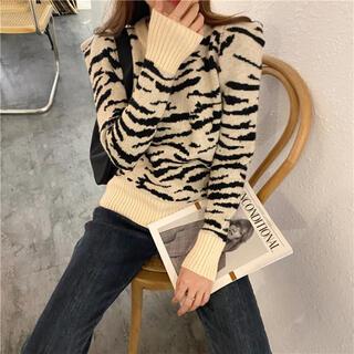 ザラ(ZARA)の♡ zebra kint ♡(ニット/セーター)