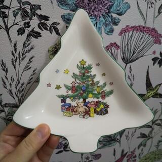 ニッコー(NIKKO)のお値下げ ニッコー クリスマスツリーの形をしたお皿(未使用)(食器)
