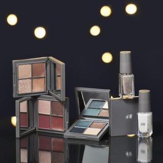 エイチアンドエム(H&M)のメイクパレット & ネイルカラー(コフレ/メイクアップセット)