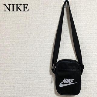 NIKE - ★未使用★NIKE ミニショルダーバッグ 黒 ロゴマーク ボディバッグ
