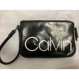 カルバンクライン(Calvin Klein)のCalvin Klein ミニポーチ(セカンドバッグ/クラッチバッグ)
