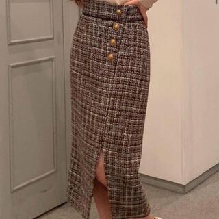 リゼクシー(RESEXXY)のゴールドボタンツイードスカート(ロングスカート)