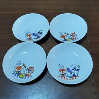 スカイラーク(すかいらーく)のアンパンマン 小皿 4枚セット(食器)