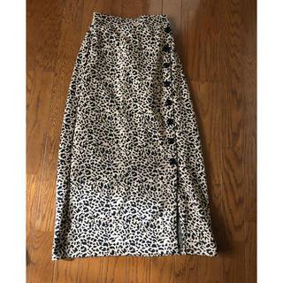 エムズエキサイト(EMSEXCITE)のレオパードスカート(ひざ丈スカート)