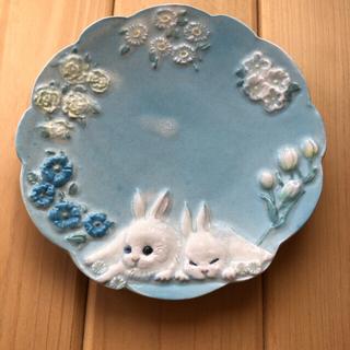 フランシュリッペ(franche lippee)のフランシュリッペ うつわやみたす コラボ皿 ぺったりうさぎ 水色(食器)