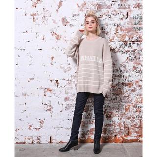 トリプルエー(AAA)のIMIM Logo Border Sweater ベージュ(ニット/セーター)