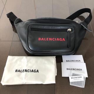 バレンシアガ(Balenciaga)のバレンシアガ ボディーバッグ(ウエストポーチ)