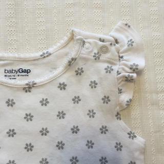 ベビーギャップ(babyGAP)の肩フリルボディ ❃ size80(ロンパース)