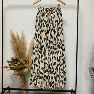 ルームサンマルロクコンテンポラリー(room306 CONTEMPORARY)のレオパード柄スカート(ロングスカート)