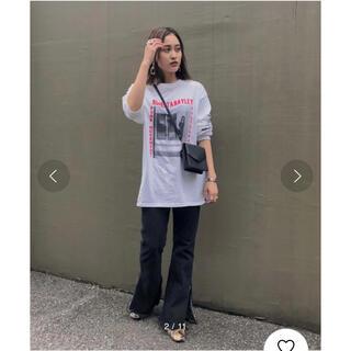 アメリヴィンテージ(Ameri VINTAGE)のAMERI SELFIE ROBERTA BAYLEY TEE(Tシャツ/カットソー(七分/長袖))