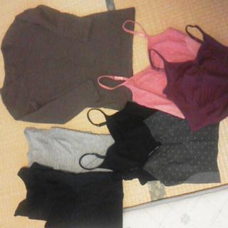 ジーユー(GU)の送料込 水玉模様長袖+キャミ セット~(キャミソール)