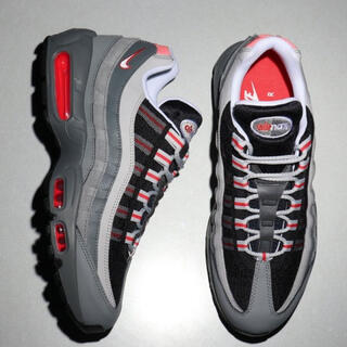 ナイキ(NIKE)のNIKE AIR MAX 95 ESSENTIAL【SP】(スニーカー)