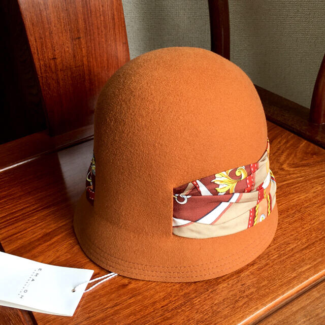 L'Appartement DEUXIEME CLASSE(アパルトモンドゥーズィエムクラス)のEMA...OH エマオー ウールハット シルク100%スカーフ 未使用 レディースの帽子(ハット)の商品写真
