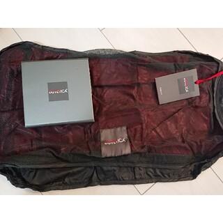 デュベティカ(DUVETICA)のDUVETICA デュベティカ トラベルポーチ 携帯用ポーチ(旅行用品)