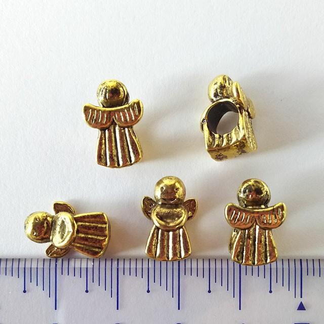 貴和製作所(キワセイサクジョ)のスペーサー チャーム 天使 10個セットアンティークシルバーゴールドエンジェル ハンドメイドのアクセサリー(チャーム)の商品写真