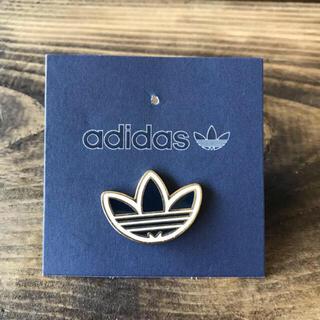 アディダス(adidas)のadidas ピンバッジ(バッジ/ピンバッジ)