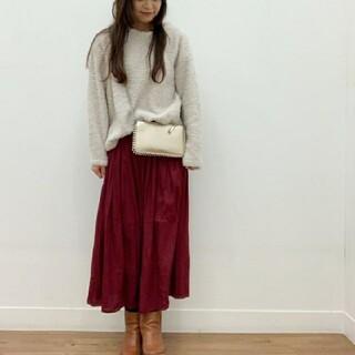 ユニクロ(UNIQLO)のユニクロ☆ギャザーロングスカート ワインレッド ボルドー S(ロングスカート)