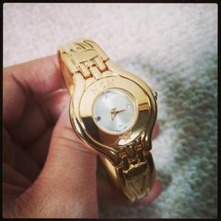 エムシーエム(MCM)の[お値下げ]MCM腕時計ゴールド*動作品(腕時計)