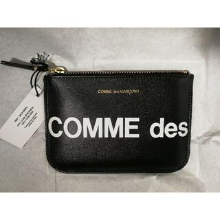 コムデギャルソン(COMME des GARCONS)の[新品] コムデギャルソン コインケース HUGE LOGO COINCASE(コインケース)
